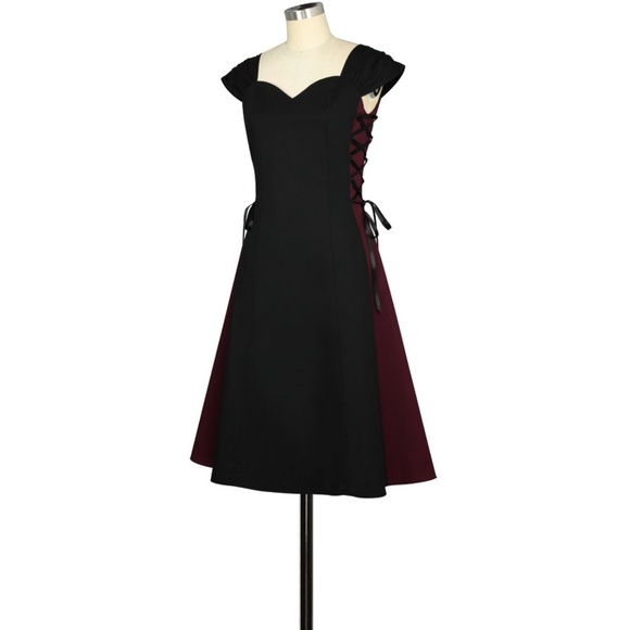 Plus Size Gothic Lace Up Sides Steampunk Dress NWT
